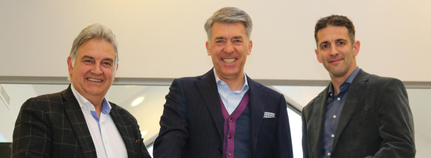 DIRESCO TREKT EXTERNE CEO AAN